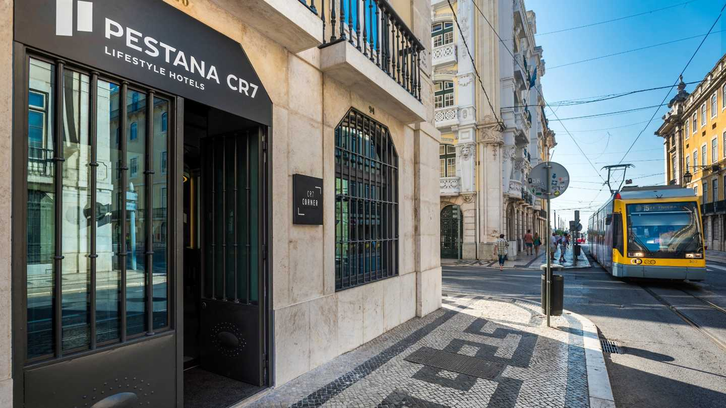 pestana-cr7-lisboa-bar-410-636106624772971844