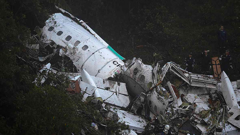 chapecoense-crash-wreckage